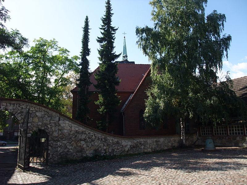 Dorfkirche, Foto: Sebastian Wallroth CC-BY-SA-3.0